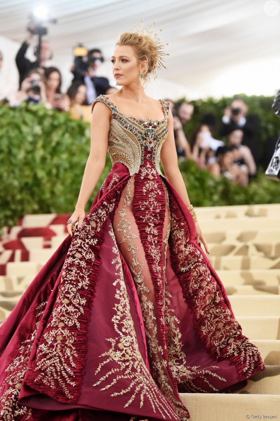 Blake Lively de Atelier Versace no Met Gala 2018