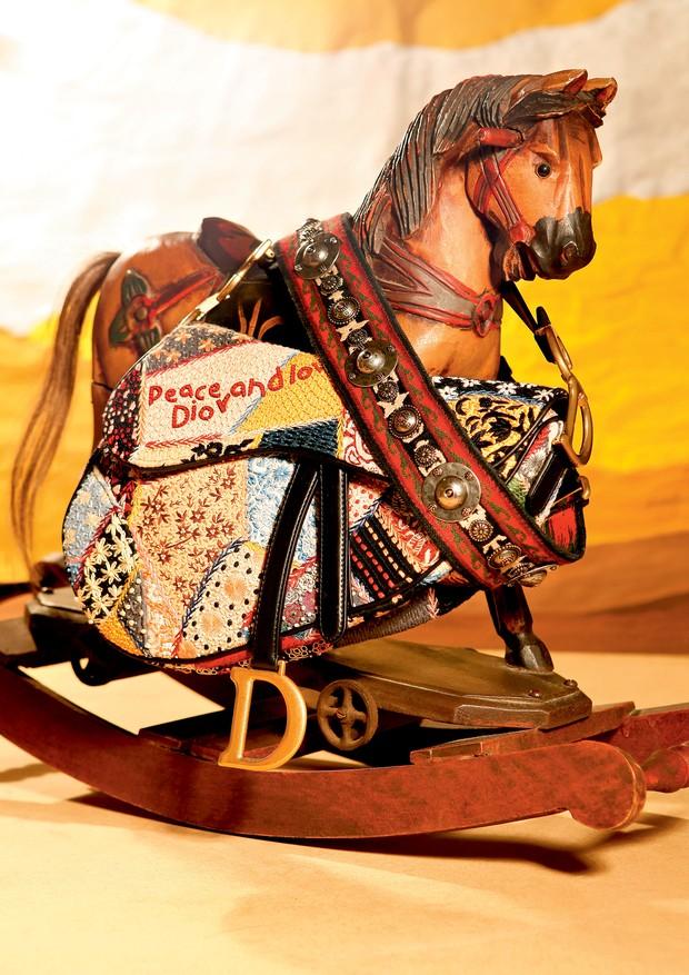 dior-saddle