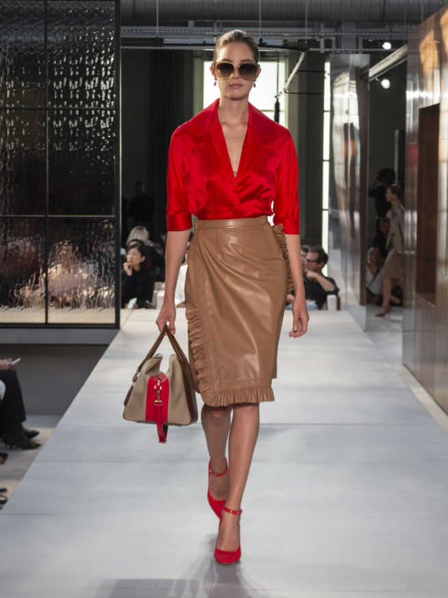burberry-spring-summer-2019-collection-look-29-654x872
